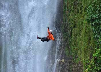 canyoning-day-tour-nepal