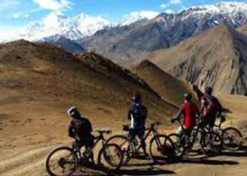 Biking-tour-Annapurna-circuit