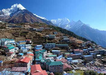 Namche-Bazzar-Everest-Trek-Nepal