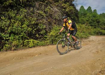 Biking-tour-to-nepal