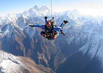 Skidiving-tour-Nepal