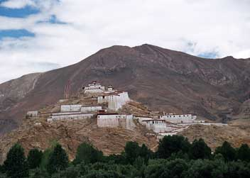 Tibet-lhasa-tour-roof-of-the-world