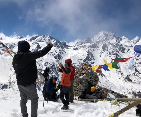Trek Sybru Village to Sing Gompa (3210m/10528ft) approx. 7kms:4-5 hrs (B, L, D)
